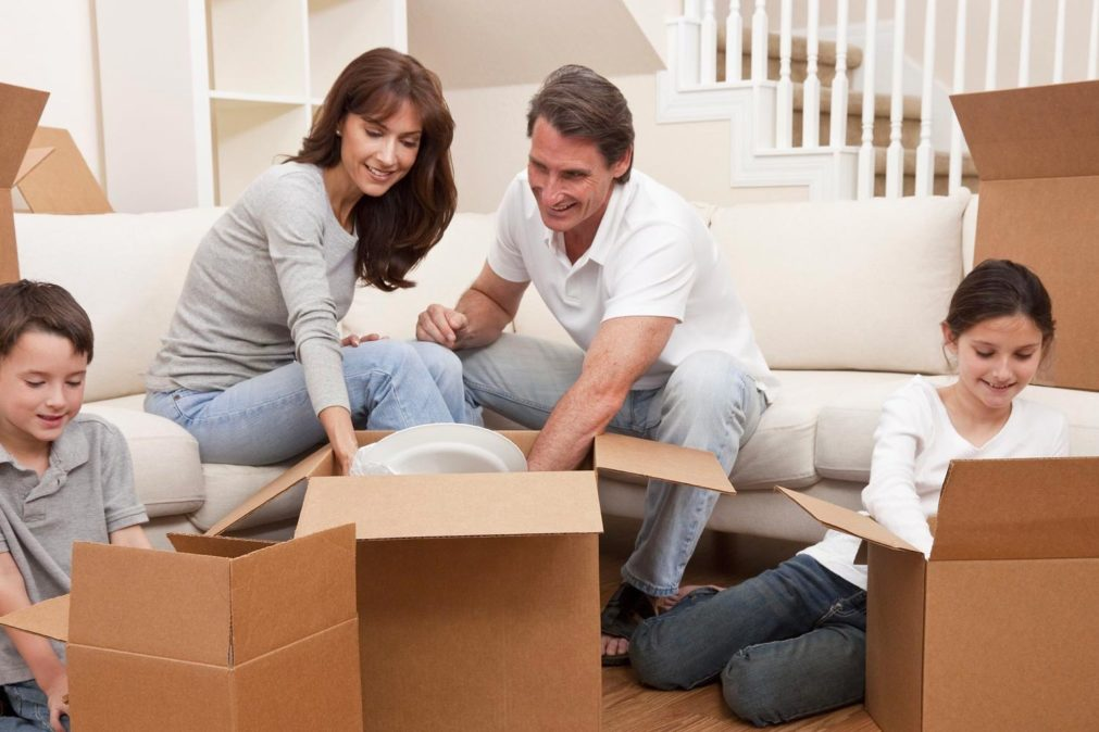 5 Tips for Unpacking from DeVries Family Moving & Storage